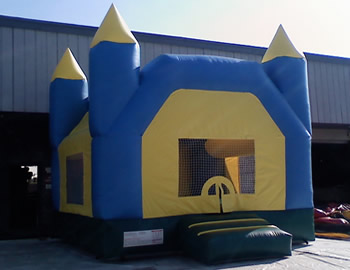 Castle-Bounce-Blue-and-yellow-15-x-15